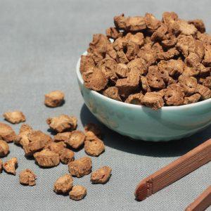 牛蒡茶具有祛湿的功效 可以长期饮用