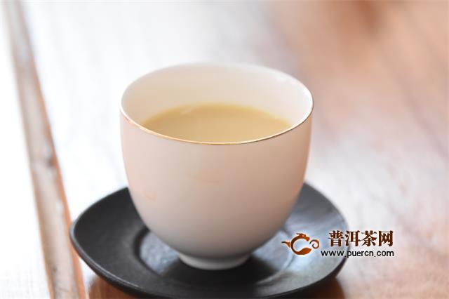 冬天要怎幺喝茶,冬天适合喝什么茶,以下有几种搭配茶,喜欢调饮