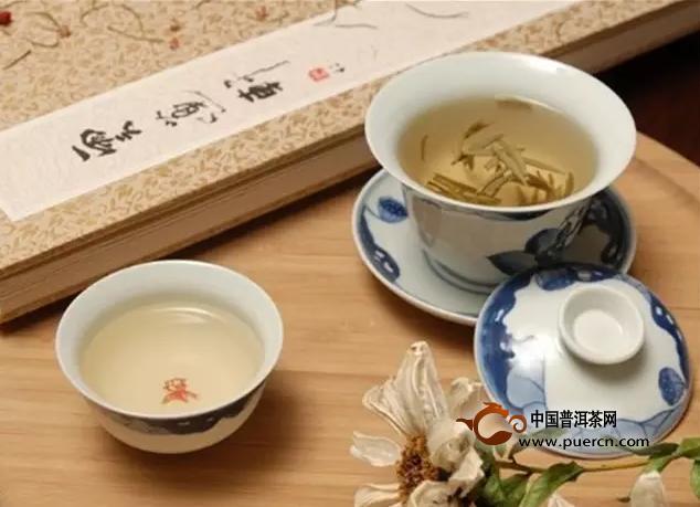 什么样的季节应该选择泡什么茶喝茶更加养生?