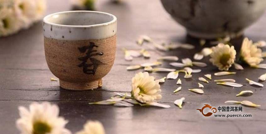 春天喝茶有什么好处?