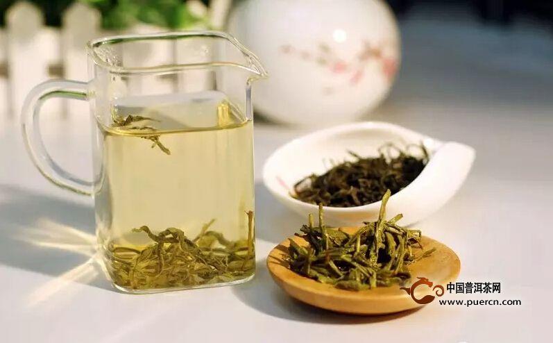 上午喝绿茶,开胃、醒神;下午泡饮枸杞,可以改善体质、利安眠
